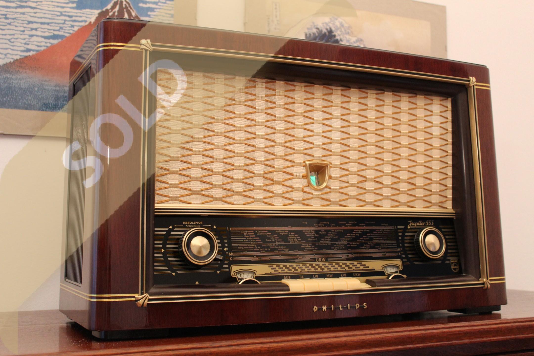 Philips Jupiter 553 3D 01