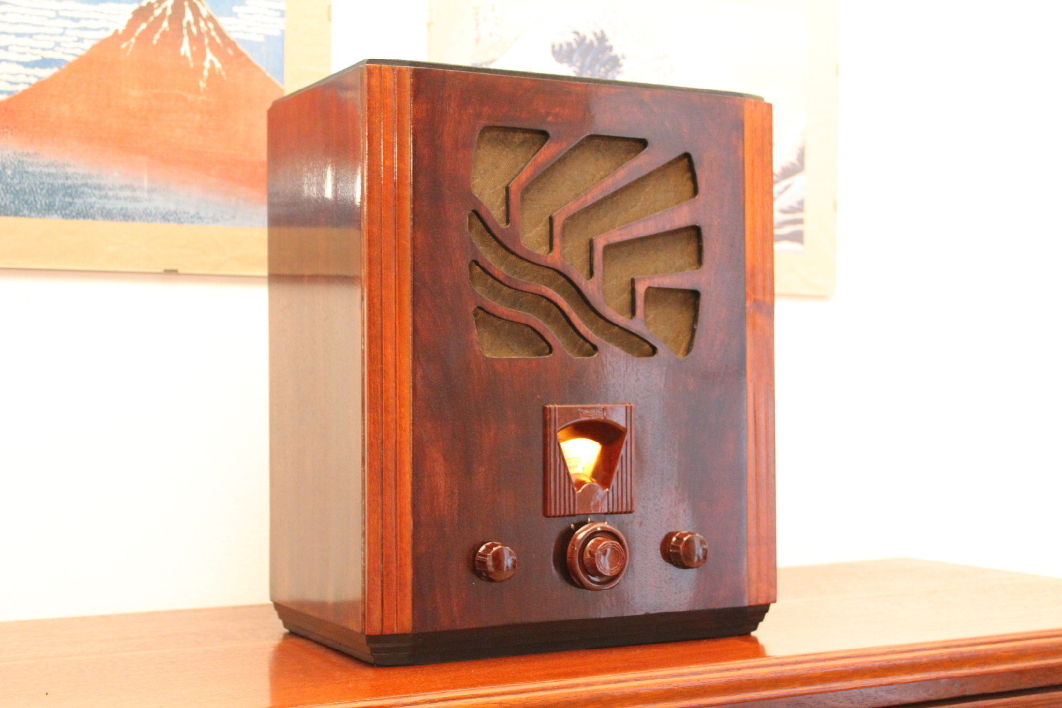 Radiola 562A 01