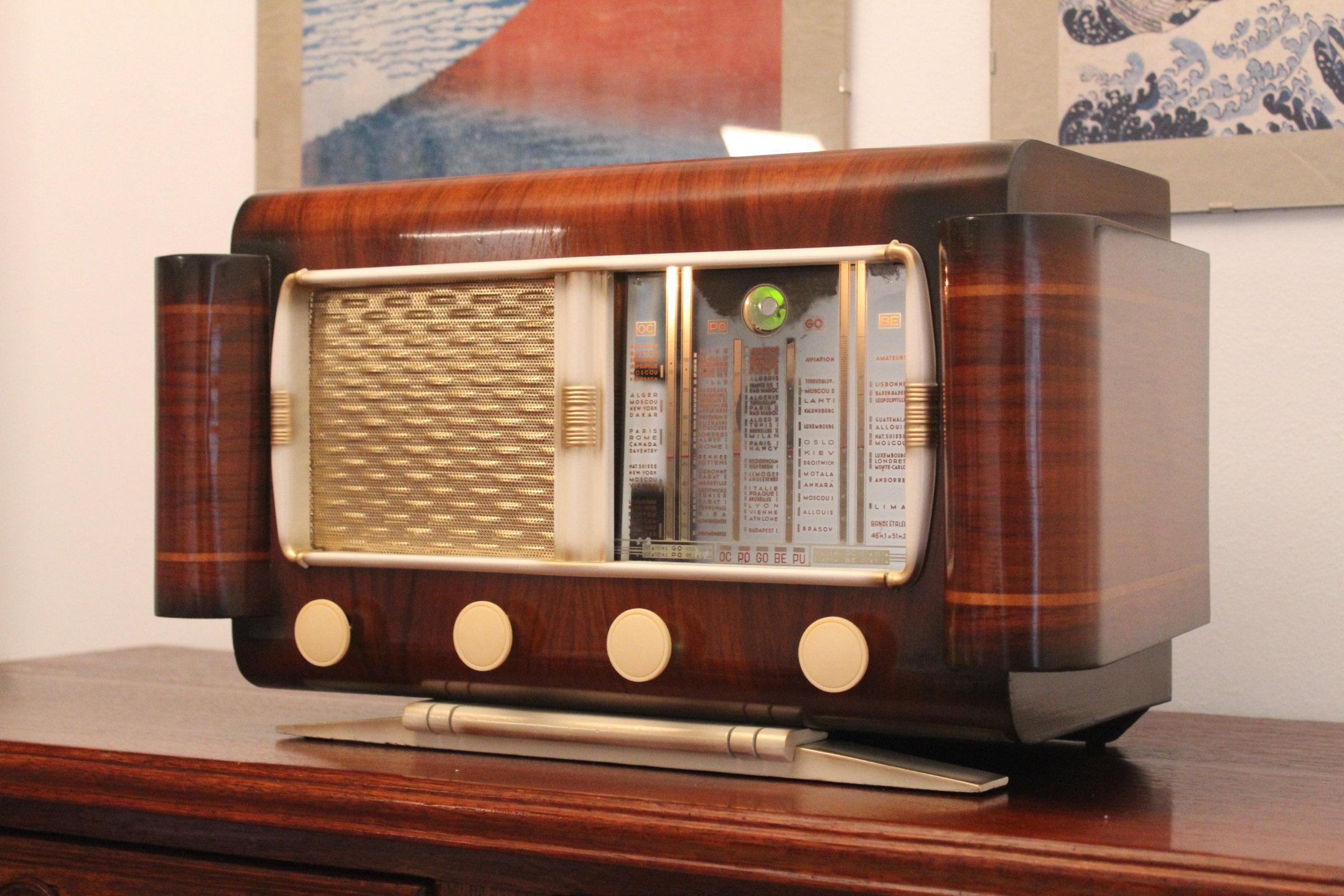 Vinix Radio 01